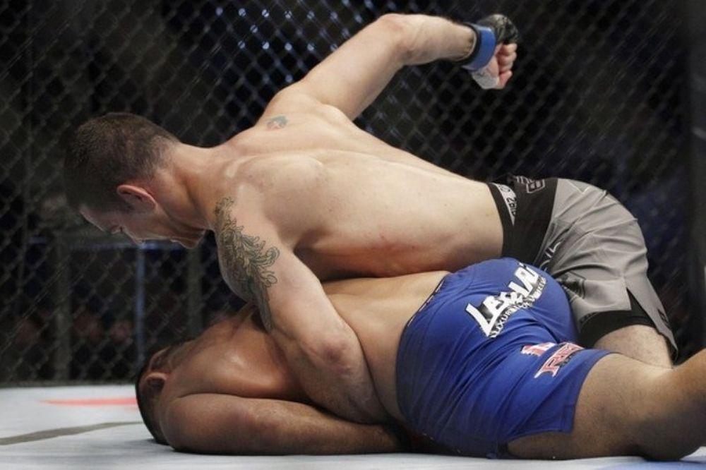 Νίκησε και βλέπει Silva ο Weidman στο UFC on FUEL TV 4