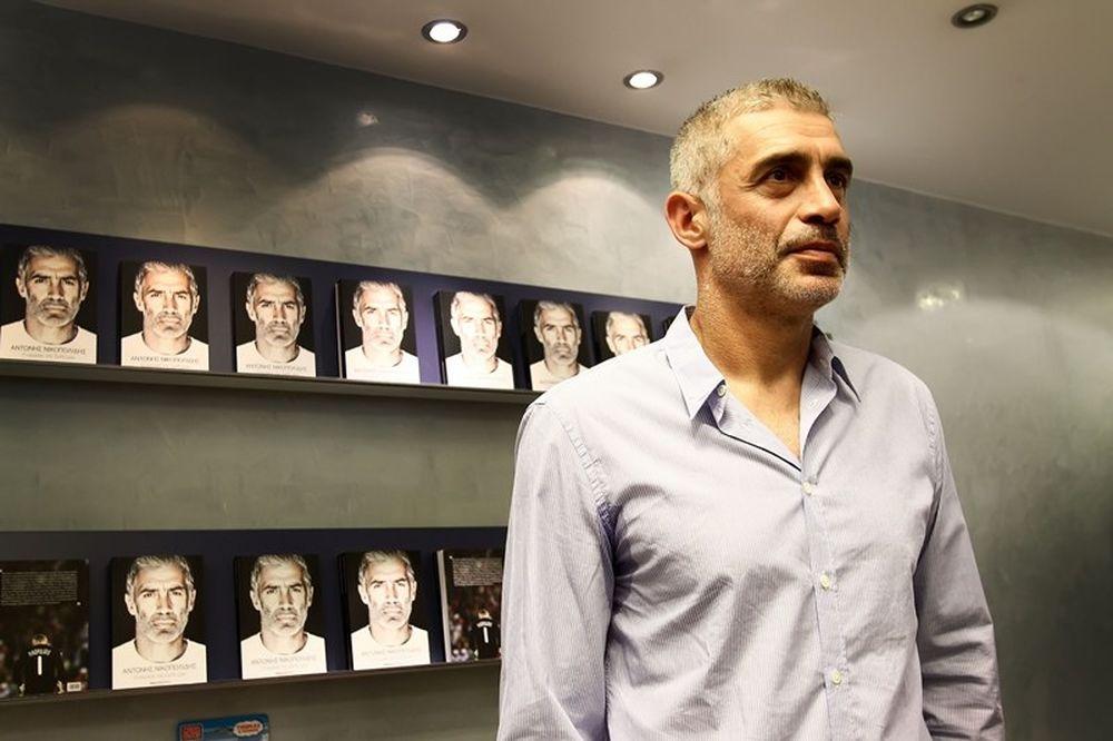 Best seller ο Αντώνης Νικοπολίδης