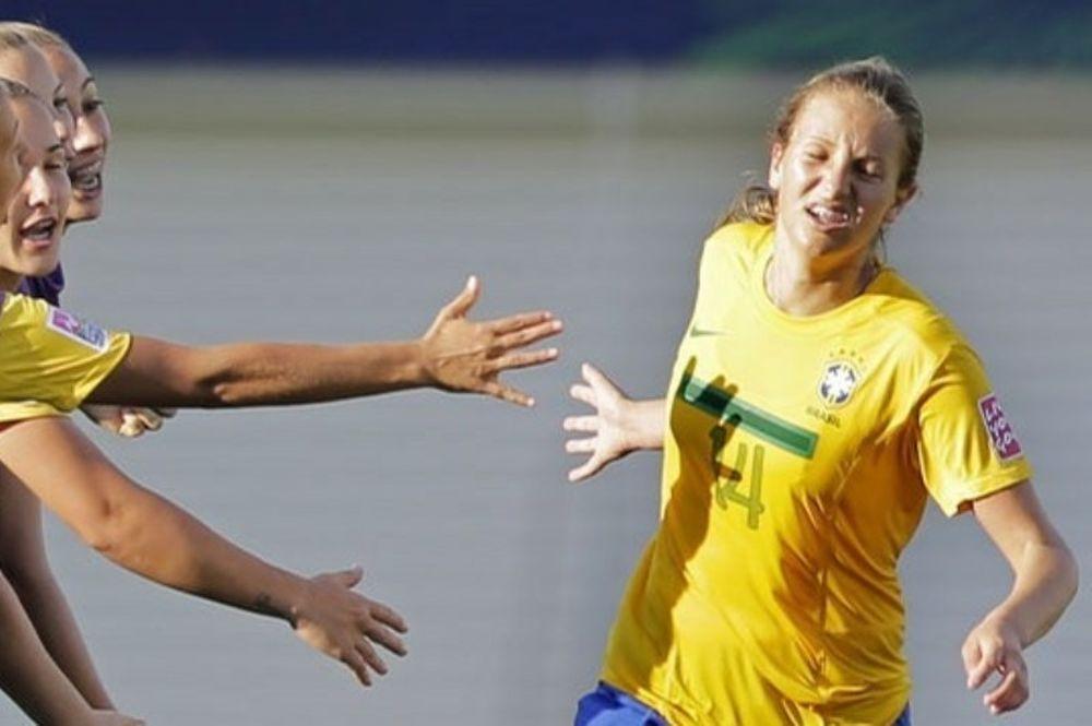 Απίστευτα γκολ από 20χρονες γυναίκες! (video)