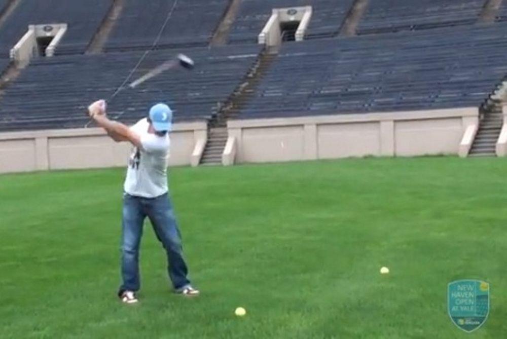 Έπαιξε γκολφ με μπάλα του τένις ο ΜακΙλρόϊ! (video)
