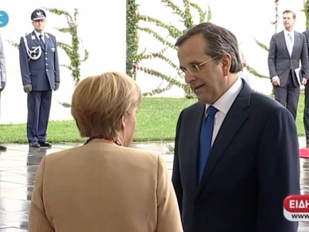 Μέρκελ: Στόχος μας είναι να παραμείνει η Ελλάδα στο ευρώ