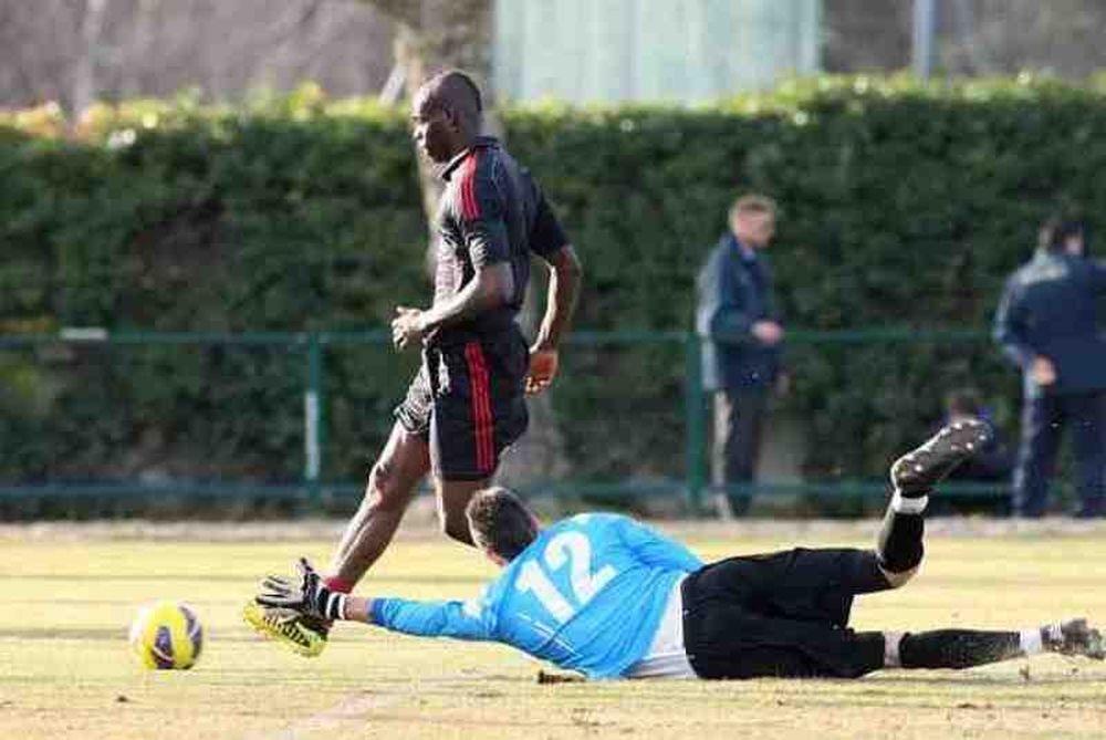 Μίλαν: Το πρώτο γκολ του Μπαλοτέλι (video)