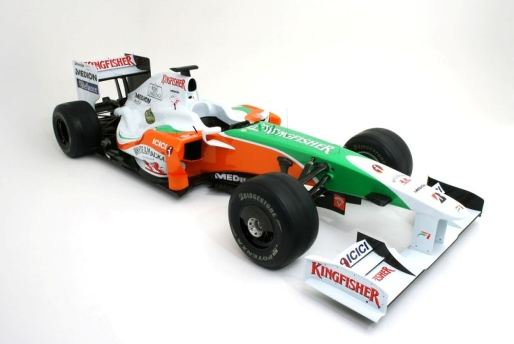 Έγιναν τα αποκαλυπτήρια της Force India (video)