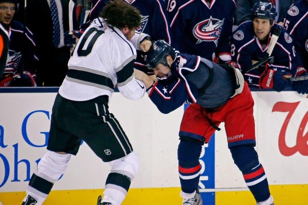 NHL: Φτηνά τη γλίτωσε ο Dubinsky (video)