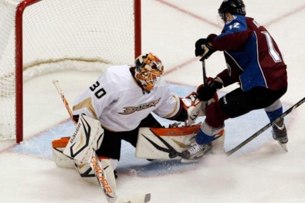 NHL: Shutout για… Viktor Fasth (videos)