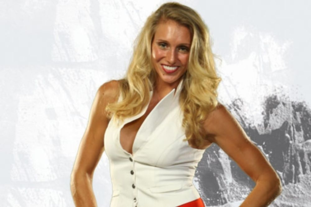 WWE: «Ψήνεται» η κόρη του Ric Flair (photos)