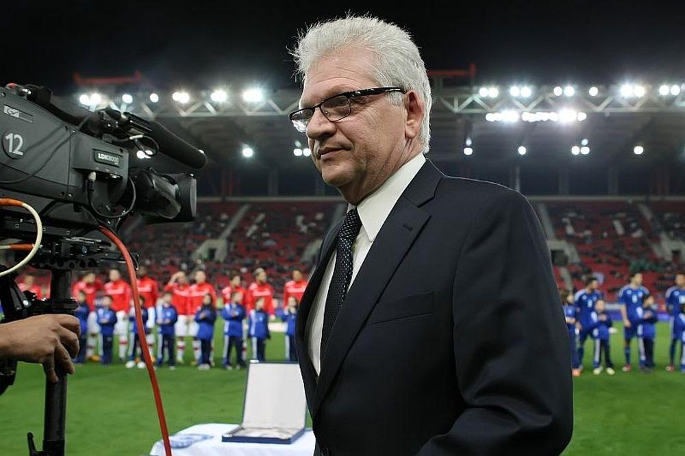 Σαρρής: «Να σωθεί το ελληνικό ποδόσφαιρο»
