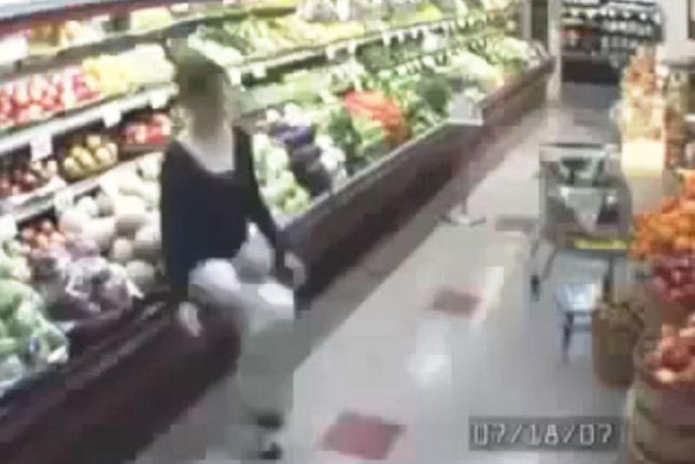 Κόλπα... Ροναλντίνιο κοπέλας σε super market! (video)
