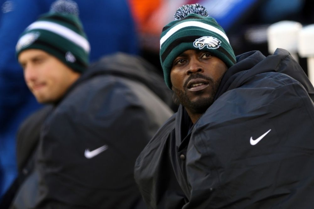 NFL: Συνεχίζει στους Ιγκλς ο Vick