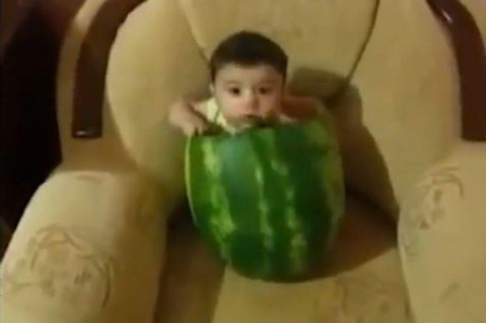 Βίντεο: Αυτά τα μωρά θα σας φτιάξουν τη μέρα!