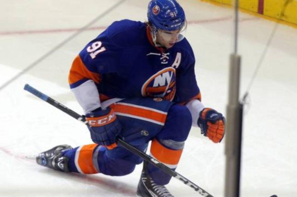 NHL: «Έγραψε» ο Tavares για τους Άιλαντερς (videos)