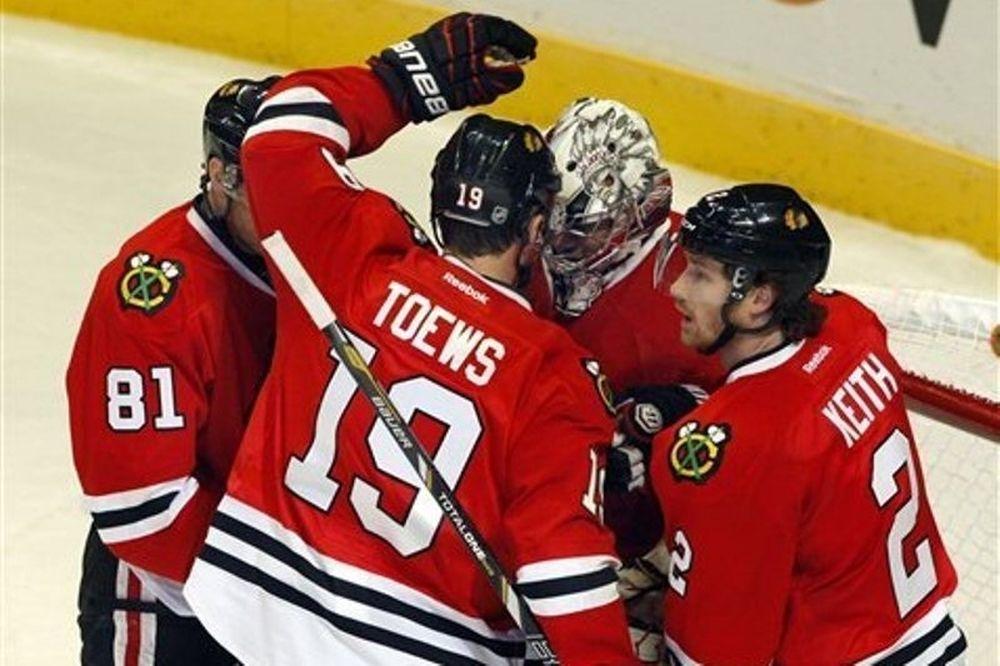 NHL: Πάνε για ρεκόρ οι Μπλάκχοκς (videos)