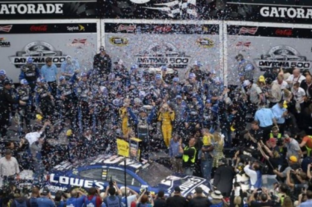 Daytona 500: Το πήρε ο Jimmie Johnson (photos)