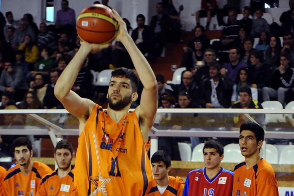 Ζούμπος: «Πολύ μέλλον το ελληνικό μπάσκετ»