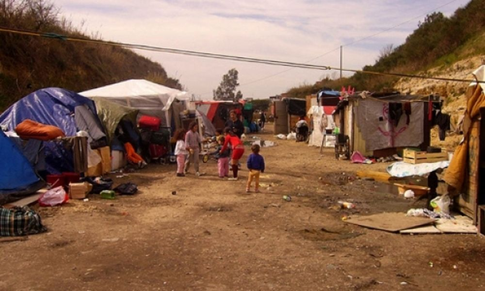 Roma Alert: Tα τσιγγανόπουλα τρέφονται ανθυγιεινά