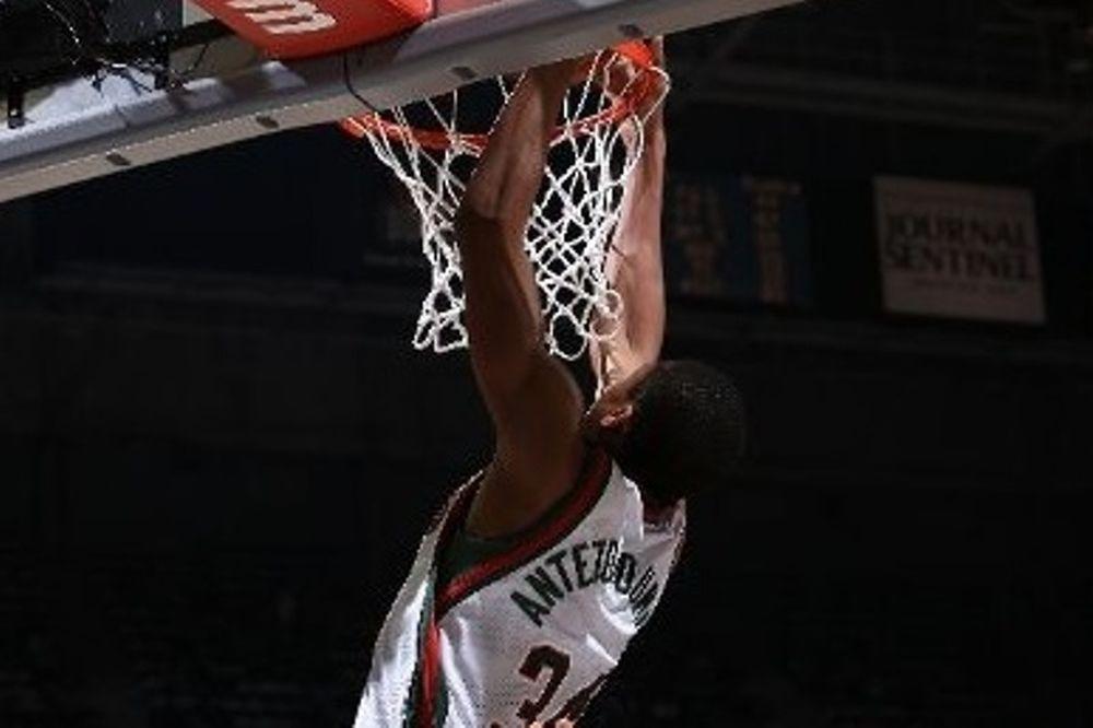 NBA: Στο Νο 1 ο Αντετοκούμπο (video)