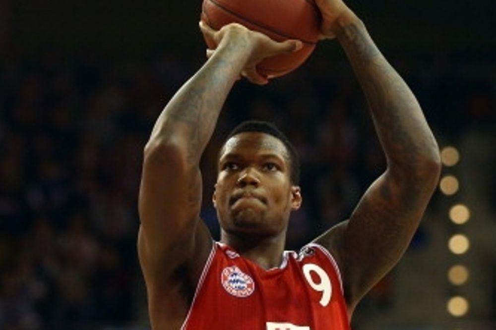 Τόμπσον: «Μπορούμε να κερδίσουμε τον Ολυμπιακό»