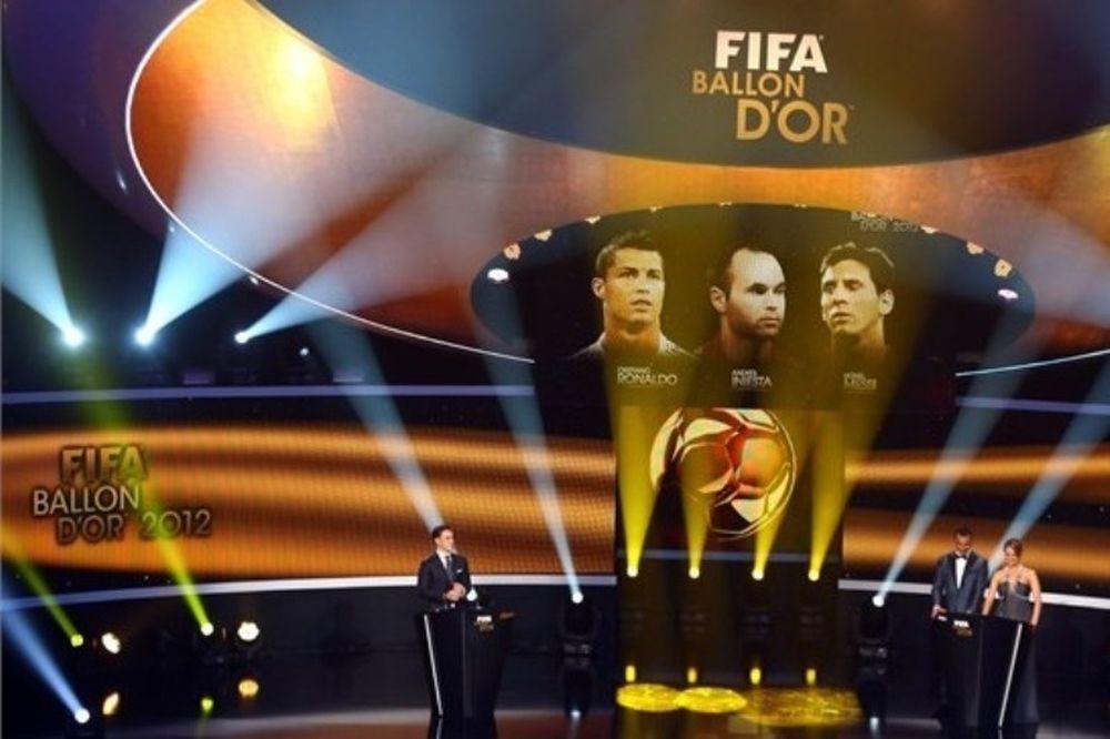 Χρυσή Μπάλα: Ρονάλντο, Μέσι ή Ριμπερί; (video)