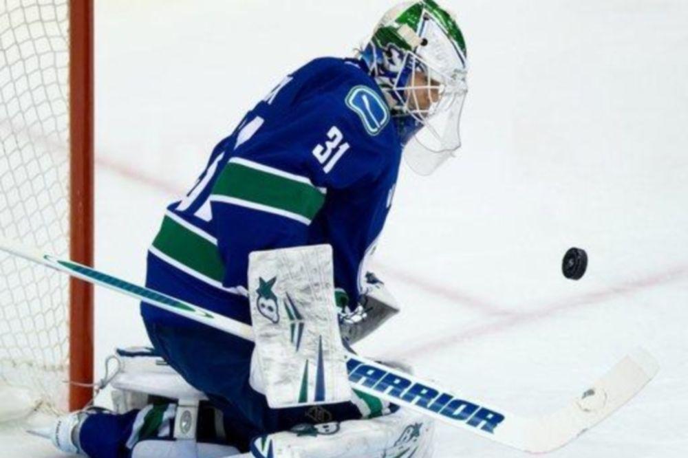 NHL: Παρθενικό shutout για Lack (videos)