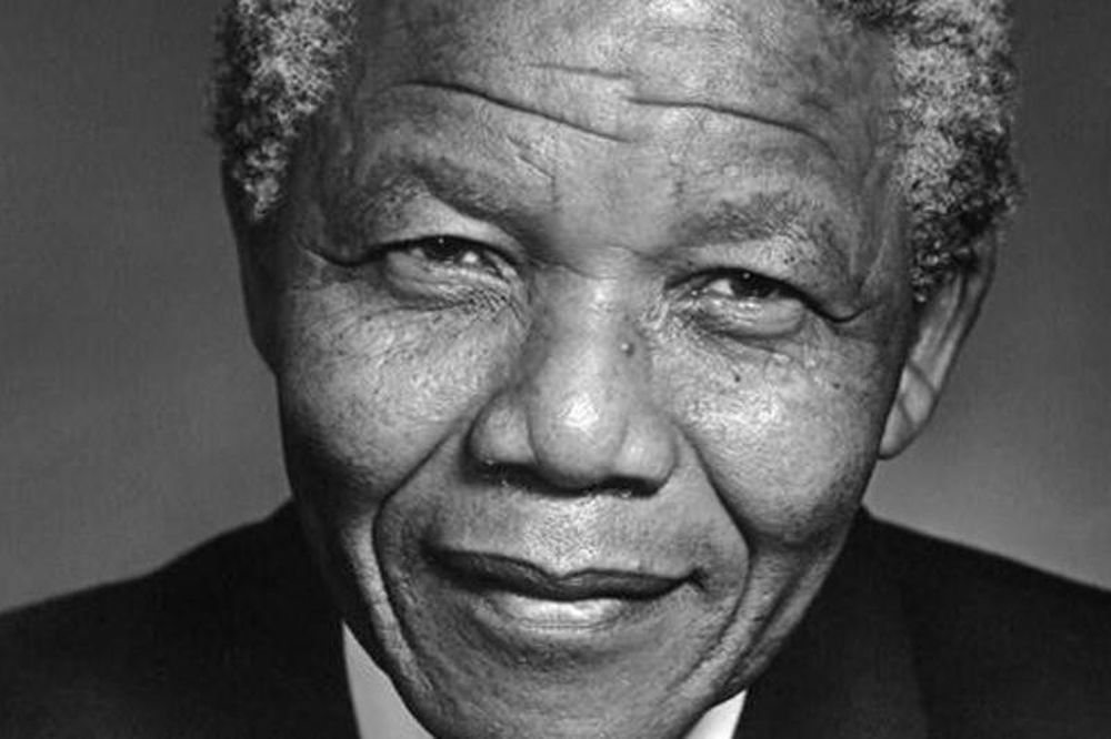 Champions League: Φόρος τιμής σε Μαντέλα