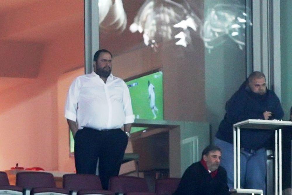 Μαρινάκης σε παίκτες: «Δεν έχει τελειώσει τίποτα»