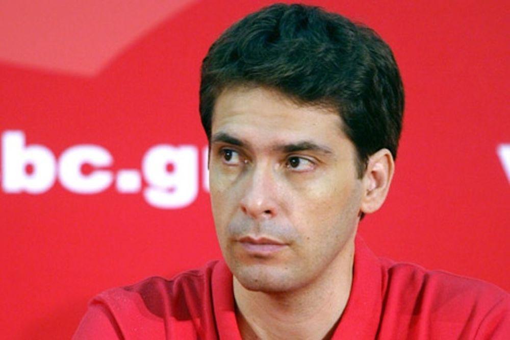 Μαρμαρινός: «Επαγγελματίες οι παίκτες»