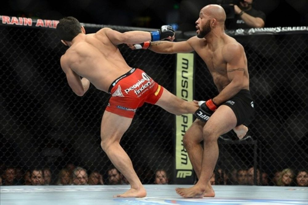 UFC on FOX 9: Εκτός έδρας υπεράσπιση για «Mighty Mouse» Johnson (GIFs+video)