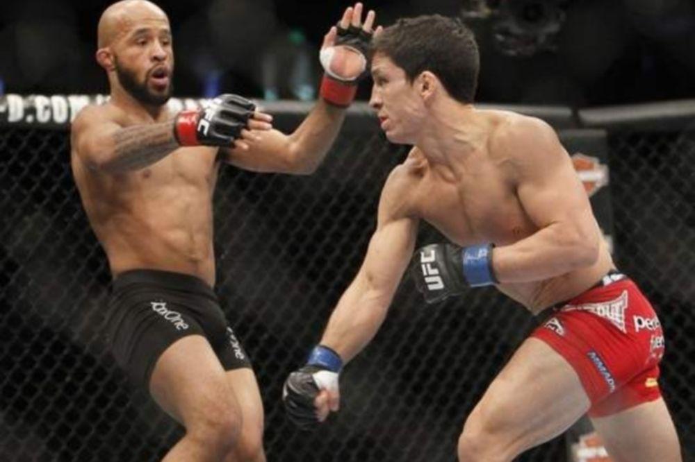UFC: Προβλέπει τρίτο ματς με Benavidez o «Mighty Mouse»