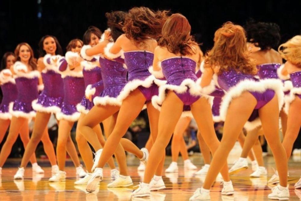 NBA: Οι... Χριστουγεννιάτικες cheerleaders (photos)