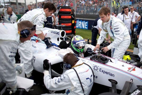 Formula 1: «Διακοσαρίζει» ο Μάσα