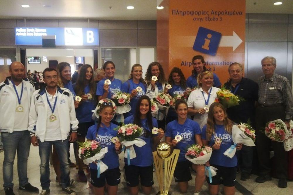 Εθνική Πόλο Νέων Γυναικών: Αφίχθησαν οι πρωταθλήτριες Ευρώπης (photos)