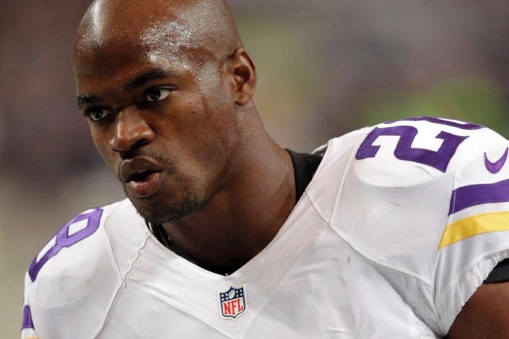 NFL: Χτύπησε και 4χρονο παιδί του ο Peterson