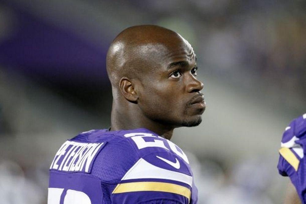 NFL: Στο περιθώριο οι Peterson και Hardy