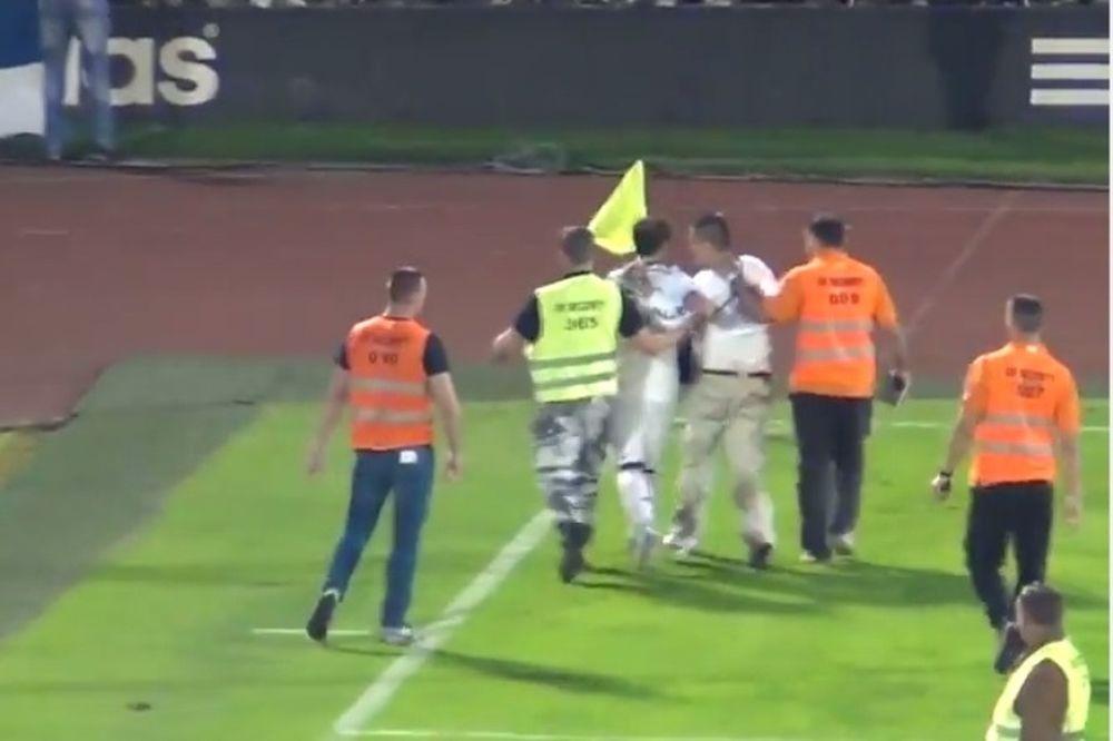 Παρτιζάν: Παίκτης της έσωσε εισβολέα (video)