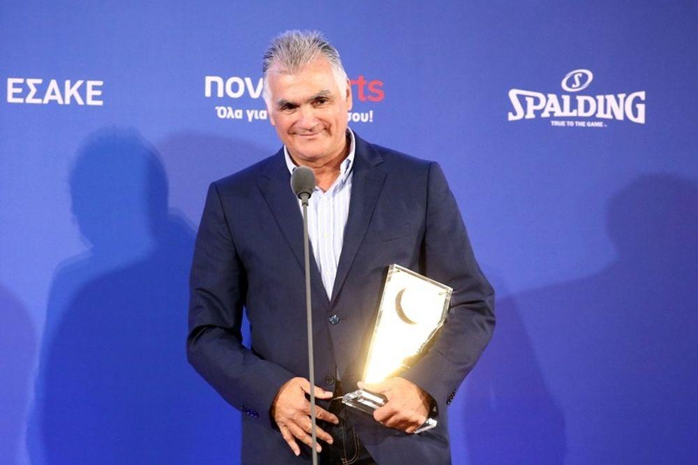 Onsports TV: Καταχειροκροτήθηκε ο Μαρκόπουλος (video+photos)