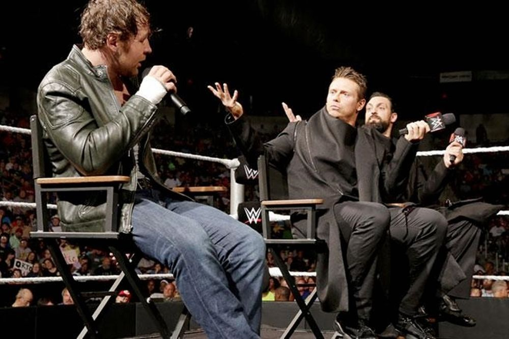 Main Event: Δεν τα… είπε ο Ambrose, υποσχέσεις από Show (photos+videos)