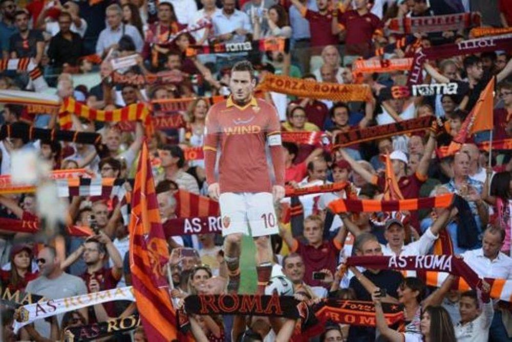 Η γιορτή της «σημαίας» της Ρόμα (video+photos+tweets)