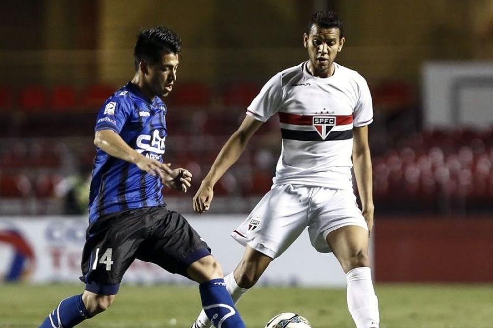 Υπέροχα γκολ και ... τετράποδος εισβολέας στο Copa Sudamericana (videos)