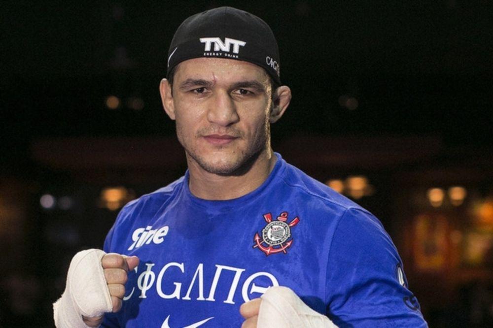 UFC on FOX 13: «Ψήσιμο» για Junior Dos Santos (video)