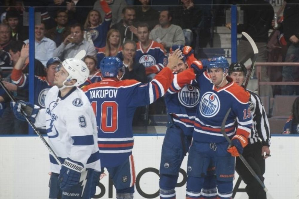 NHL: Πρώτη νίκη για τους Όιλερς (videos)