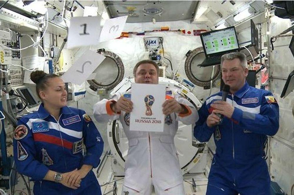 Μουντιάλ 2018: Η παρουσίαση από… το διάστημα (video+photos)