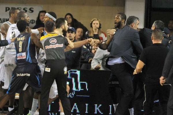 Basket League: Τη γλίτωσαν Σκορδίλης, Γκάρετ