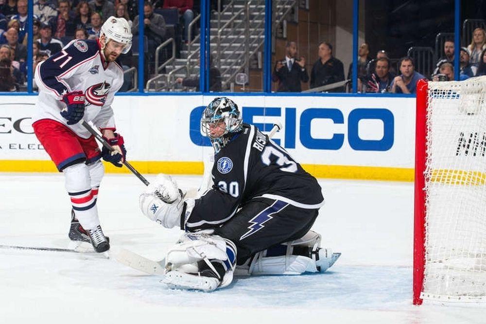 NHL: «Καθάρισε» ο Bishop για τους Λάιτνινγκ (videos)