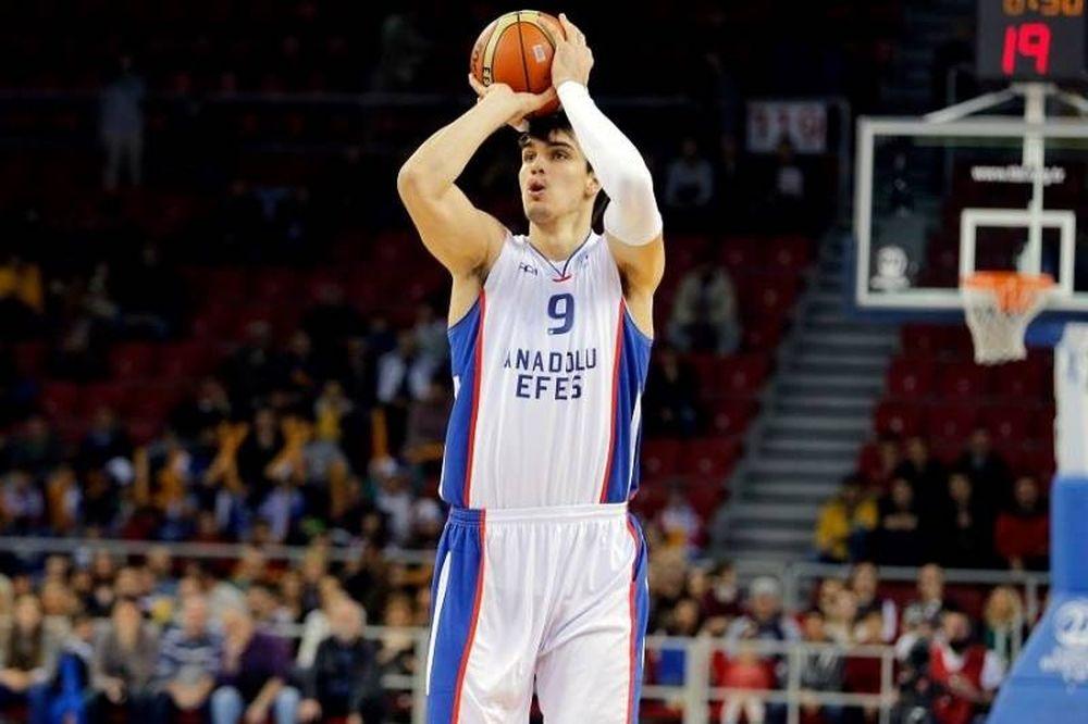 Σάριτς στο Onsports: «Όνειρό μου Παναθηναϊκός, Ολυμπιακός και Ελλάδα» (photos+videos)