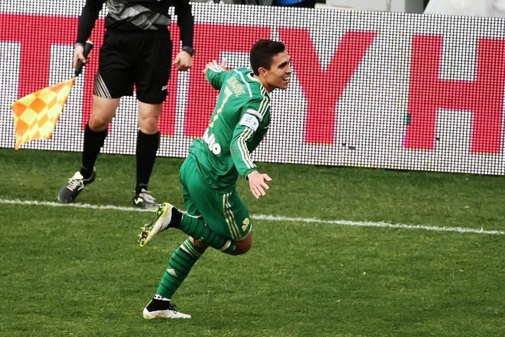 Super League: Σε Άλβες και Κλωναρίδη τα βραβεία της 21ης αγωνιστικής