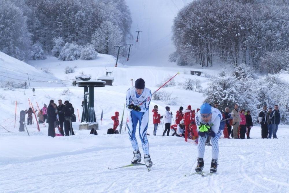 Χιονοδρομία: Οι... 300 σε Παρνασσό και Μέτοβο