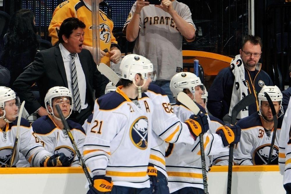 NHL: Αλλάζουν κόουτς οι Σέιμπερς