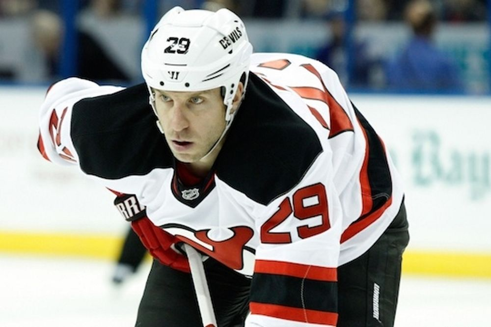 NHL: Τέλος η σεζόν για Ryane Clowe