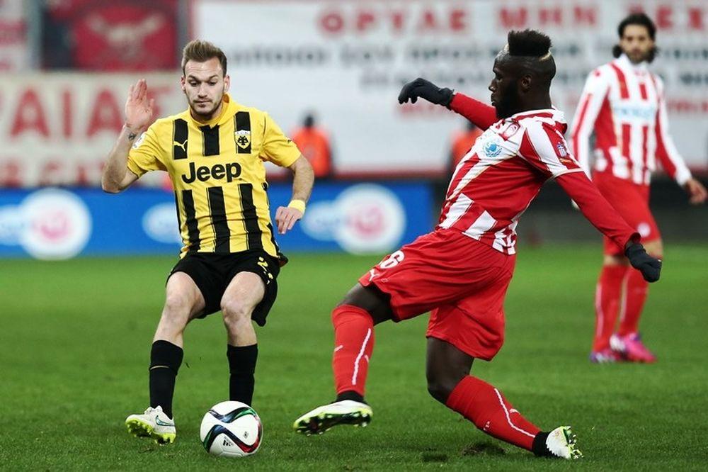 Μπακάκης: «Δεν ασχολούμαστε με τους διαιτητές»