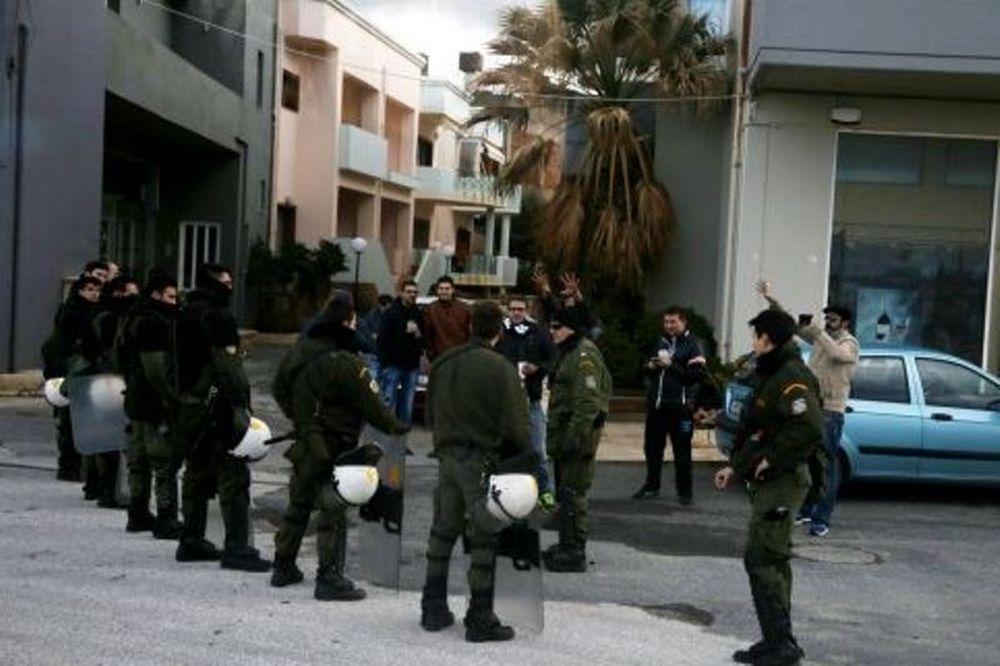 ΟΦΗ-Παναθηναϊκός: Συλλήψεις για ρίψεις αντικειμένων